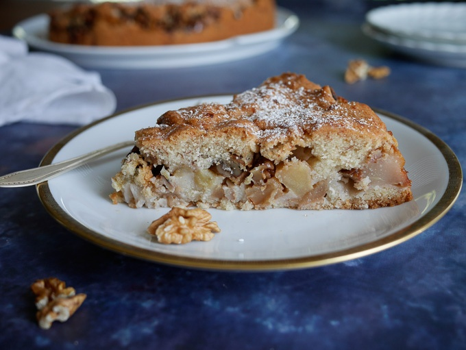 Romanian pear and walnut cake
